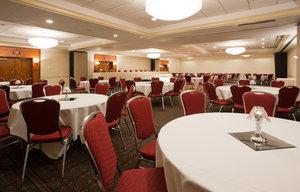 Ballroom - Radisson Hotel Wauwatosa