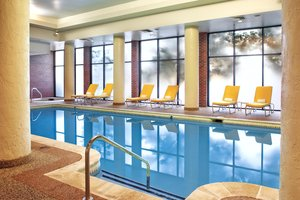 Pool - DoubleTree by Hilton Hotel Aurora