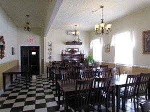 Lobby - MacArthur Inn Narrows
