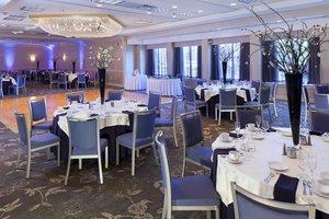 Ballroom - DoubleTree by Hilton Hotel East Syracuse