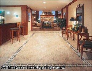 Lobby - Staybridge Suites Guelph