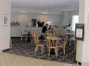 Restaurant - Charlevoix Inn & Suites