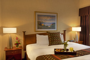 Suite - Crowne Plaza Hotel Airport Bloomington