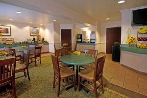 Restaurant - ClubHouse Inn West Yellowstone
