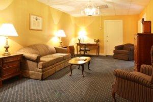 Suite - Eisenhower Hotel Gettysburg