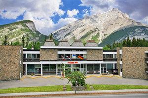Exterior view - Banff Voyager Inn