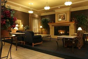 Lobby - Glenmore Inn Calgary