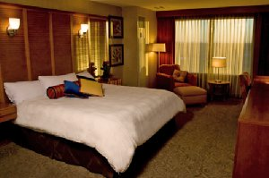 Room - Isle Casino & Hotel Waterloo