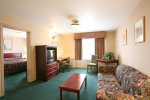Suite - Sandman Hotel Red Deer
