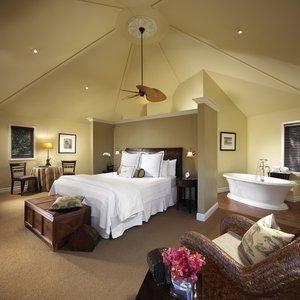 Room - Milliken Creek Inn Napa