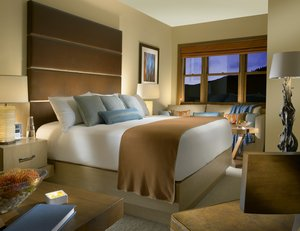 Room - Osprey at Beaver Creek Hotel