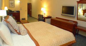 Room - Holiday Inn Express Central Bakersfield