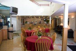 Lobby - Cobblestone Hotel & Suites Connellsville