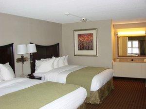 Room - Rockport Inn & Suites