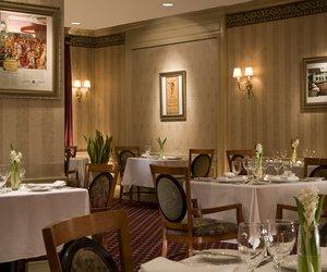Restaurant - Roosevelt Hotel New York