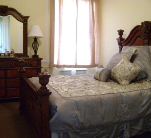 The George Washington Al Capone Suite Bedroom