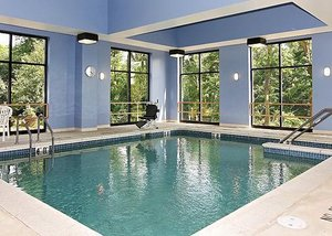Pool - Holiday Inn Express Hotel & Suites Mechanicsburg