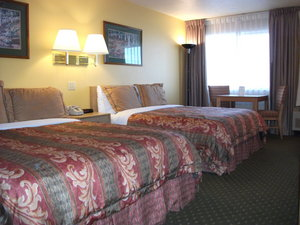 Room - Alpine Inn & Suites Gunnison