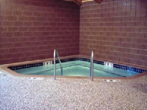 Pool - Pine Peaks Lodge & Suites Crosslake
