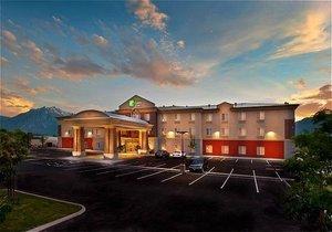 Exterior view - Holiday Inn Express Hotel & Suites Minden