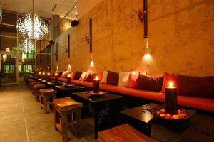 Bar - Executive Hotel Cosmopolitan Toronto