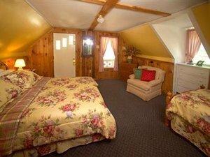 Room - Salt Ash Inn Plymouth