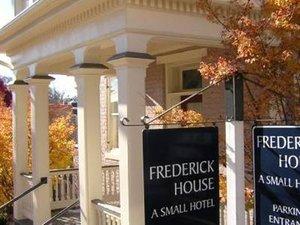 Exterior view - Frederick House Hotel Staunton