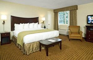 Suite - Rockport Inn & Suites
