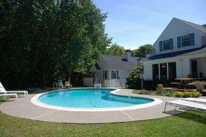 Pool - Wooden Duck Bed & Breakfast Inn Newton