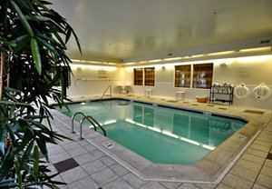 Pool - Fairfield Inn by Marriott Aurora