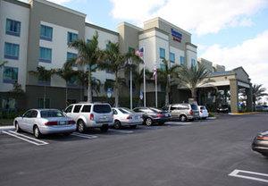 Exterior View Fairfield Inn Suites By Marriott Dania Beach