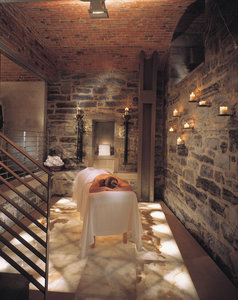 Spa - Le St James Hotel Montreal
