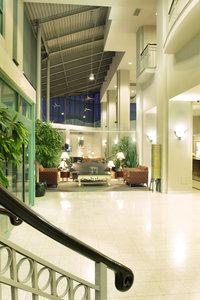 Lobby - Executive Plaza Hotel Coquitlam