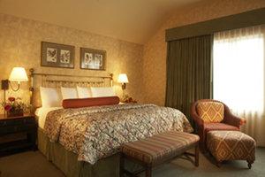Room - Eagle Ridge Inn & Resort Galena