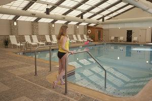 Pool - Eagle Ridge Inn & Resort Galena