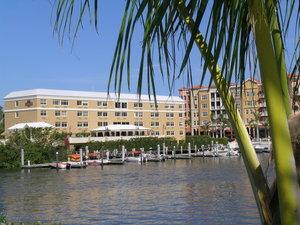 Exterior view - Bayfront Inn 5th Avenue Naples