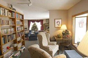 Lobby - Sun & Ski Inn & Suites Stowe