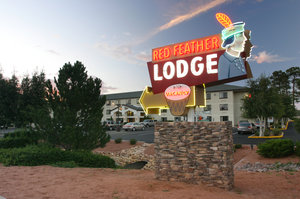 Exterior view - Red Feather Lodge Grand Canyon Village