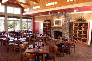 Restaurant - Larsmont Cottages Two Harbors