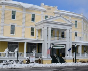 Exterior view - Stafford South Perry Hotel Petoskey