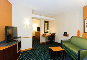 Suite - Fairfield Inn & Suites by Marriott Polaris Columbus