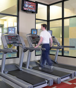 Fitness/ Exercise Room - Marriott Hotel & Conference Center Coralville