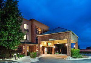 Exterior view - Courtyard by Marriott Hotel Lakewood