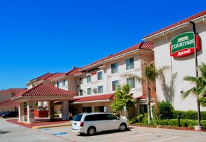 Exterior view - Courtyard by Marriott Hotel West University Houston