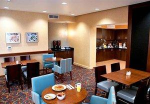 Restaurant - Residence Inn by Marriott Covington