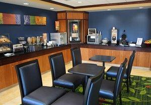 Restaurant - Fairfield Inn & Suites by Marriott USAFA CO Springs