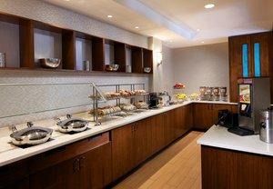 Restaurant - SpringHill Suites by Marriott Airport Newark
