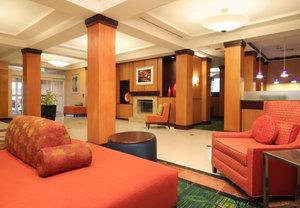 Lobby - Fairfield Inn by Marriott Woodbridge Avenel