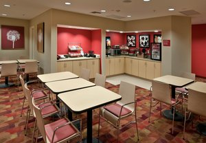 Restaurant - TownePlace Suites by Marriott Panama City