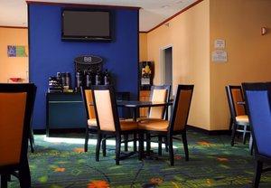 Restaurant - Fairfield Inn by Marriott Spearfish